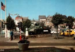 CPSM - BASTOGNE - PLACE Gal MAC AULIFFE ... (voitures) - Edition E.Thill - Bastenaken