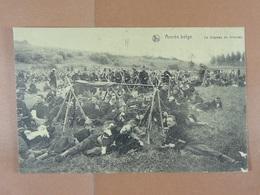 Armée Belge Le Drapeau Au Bivouac - Régiments
