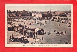 Marrakech : Place Djéma El' Fna - Marrakech