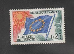 """FRANCE / 1963-1971 / Y&T SERVICE N° 29 ** : Conseil De L'Europe (25c """"drapeau"""" Soleil Jaune) X 1 - Neufs"""