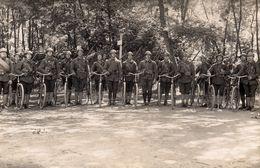 Militaires à Vélo -  14 ème Régiment Indiqué Sur Le Col Avec Cor De Chasse  -  Carte Photo - Régiments