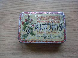 Old Tin Box Altoids London Peppermint Lozenges - Boîtes/Coffrets
