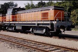 Photo Diapo Diapositive Slide Train Wagon Locomotive Diesel SNCF BB 63638 Le 07/02/92 VOIR ZOOM - Diapositives (slides)