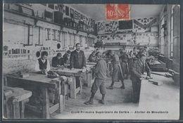 CPA 80 - Corbie, Ecole Primaire Supérieure - Atelier De Menuiserie - RARE - Corbie