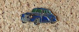 Pin's Cadillac 1940 - Peint Cloisonné - Fabricant BUGGY - Pin's & Anstecknadeln