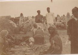 """Photographie Originale  AV 1900 Tunisie SOUSSE  """"  Marche Extérieur  """" Ref  1002 - Tunesien"""