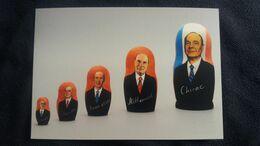 CPM MUSEE JACQUES CHIRAC POUPEES GIGOGNES DES CINQ PRESIDENTS DE LA REPUBLIQUE DE LA V EME REPUBLIQUE 2003 - Musei