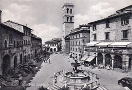 ITALIE(ASSISI) AUTOMOBILE - Italie