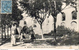 ALGERIE  MEDEA  Portes De Lodi ..... ( Ref FA1160 ) - Medea