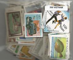 Lot 300 Timbres Du Vietnam - Vietnam