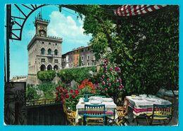 Saint-marin -San Marino Restaurant Vue Sur Le Palais- 5 Jolis Timbres - San Marino
