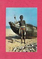 Mauritanie. Retour De Pèche- Standard Size, Divided Back, Ed. Nestlè. Photo Michel Huet. Cancelled With Cat. - Mauritania