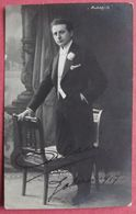 MALAIN ARTISTE Avec AUTOGRAPHE 1917 CARTE PHOTO CHANTEUR BRUXELLES - Künstler