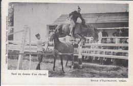 Ypres (École D'Équitation) - Saut Au Dessus D'un Cheval - Ieper