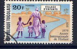 TOGO - N° 957° - ANNÉE INTERNATIONALE DE L'ENFANT - Togo (1960-...)
