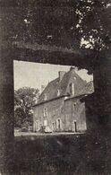 USSON Du POITOU Château ???  (2 Scans) - France