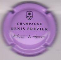 Capsule Champagne FREZIER Denis ( 8c ; Mauve Et Noir ) {S34-20} - Champagne