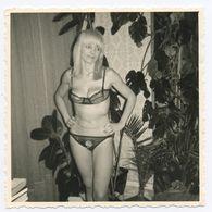 DC542 Photographie Vintage Charme Nue Femme érotisme Nude Risque Nu Woman Snapshot AKT FKK érotique - Weiblicher Akt (1941-1960)