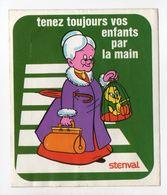 - AUTOCOLLANT TITI ET LA PREVENTION ROUTIERE - Série STENVAL N° 10 - - Sammelbilder, Sticker