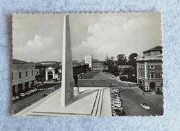 Cartolina Illustrata Lugo - Piazza Francesco Baracca - Non Viaggiata - Other Cities