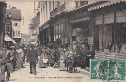 89 AUXERRE Maison Soisson Façade Avec Personnel Et Clients ,Rue De Paris - Auxerre