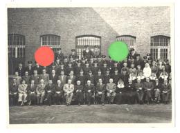 Photo ( 18 X 24 Cm ) - Personnel D'une Prison ?? - LIEGE St Léonard ?? - Photo Robyns à Liège (B278) - Plaatsen