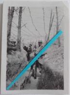 1915 Tranchée Guetteur Périscope Officier Photographe Kodak Photo Barbelés Grillage Anti-grenades Poilus WW1 14 18 Photo - Guerre, Militaire