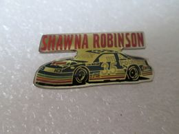 PIN'S   NASCAR   SHAWNA   ROBINSON   CHEVROLET  POLAROID - Pin