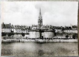 Saint-Malo : Cité Corsaire, La Ville Et Les Remparts - Saint Malo