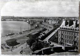 Saint-Malo : Les Remparts Et Le Bassin - Saint Malo
