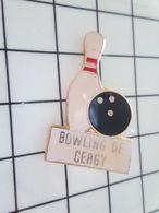 820 Pins Pin's / Rare & Belle Qualité THEME SPORTS / BOWLING DE CERGY BOULE ET QUILLE Par SIP 19 - Bowling