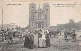 ¤¤   -  SAINT-MALO   -  Eglise Rocabey Et Marché Des Patates    -   Carte Décollée   -   ¤¤ - Saint Malo