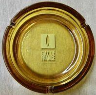 CENDRIER EN VERRE GAZ DE FRANCE ( DIAMETRE 180 MM POIDS 897 GRAMMES ) - Pubblicitari