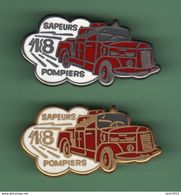 SAPEURS POMPIERS *** CAMION N°37 *** Signe AMC *** Lot De 2 Pin's Differents *** (B-1) - Pompiers