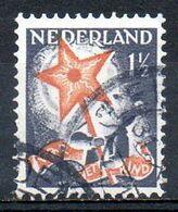 PAYS-BAS. N°259 Oblitéré De 1933. Au Profit Des Oeuvres Pour L'enfance. - Childhood & Youth