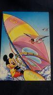 CPSM DISNEY MICKEY FAISANT DE LA PLANCHE A VOILE MOUETTE - Disney