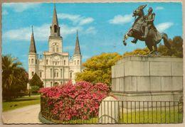 CPM Etats-Unis > LA - Louisiana > New Orleans - St Louis Cathedral And Jackson Monument - New Orleans