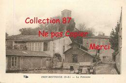 79 ☺♦♦ CHEF BOUTONNE < LA FONTAINE - VOITURE AUTOMOBILE ANCIENNE - Chef Boutonne
