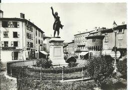 LE PUY     (  HAUTE LOIRE )   La Statue De Lafayette Et La Tour Pannessac - Le Puy En Velay