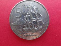 New Zealand  50 Cents  1980  Km 37.1 - New Zealand