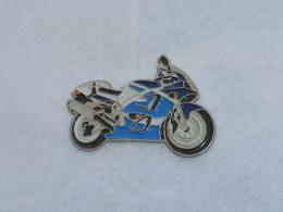 Pin's MOTO 061 - Motorräder