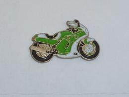 Pin's MOTO 092 - Motorräder
