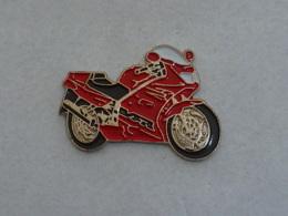 Pin's MOTO 096 - Motorräder