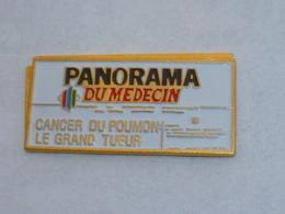 Pin's JOURNAL PANORAMA DU MEDECIN - Médias