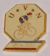 Pin's CYCLISME, CENTENAIRE DE L' U.V.N. - Ciclismo