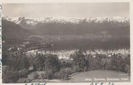 No Sandane Sivertsens Hotel 1932 - Norvège