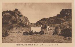 MISSIONS DU SUD AFRIQUE   LE DINER EN MONTAGNE  ( BASUTOLAND ) - Missions