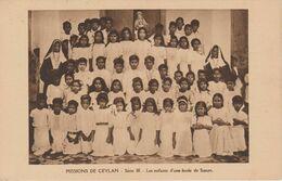 MISSIONS  DE CEYLAN LES ENFANTS D'UNE ECOLE DE SOEURS - Missie