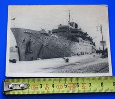 WW2--Bateau Navire Guerre à Quai A Identifier Photographie Photos Photo Originale☛on Voit Les Tourelles Mais Pas Le Nom - Schiffe