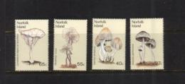 (stamps 5/8/2020) Norfolk Island (4 Mint Stamps) Mushrooms / Champignons - Pilze